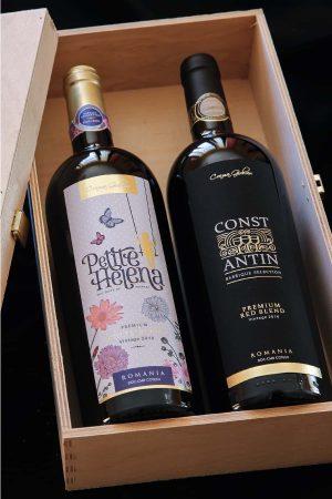 Cutie vin Constantin si Petite Helena